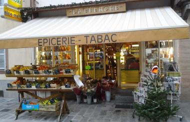 La Guerche - Épicerie - Tabac - Primeur - Souvenirs - Fleurs
